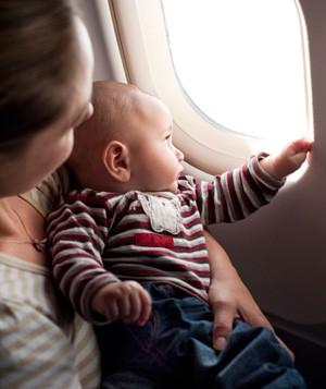 Bebê e avião: como fazer funcionar